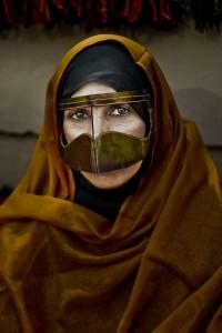 © 'Bedu Mona Lisa' Amna Ba Omar